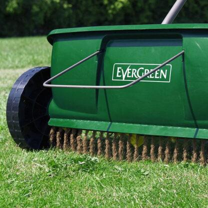 evergreen spreader in action